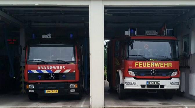 Feuerwehr Bunde mit Holländischen Tanklöschfahrzeug.