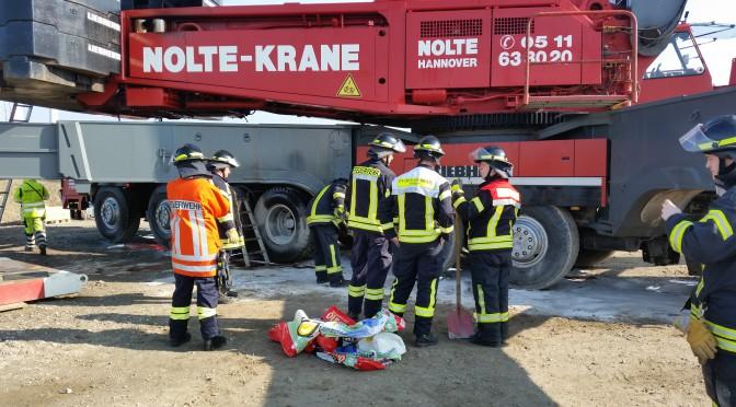 Nr.09 > Autokran verliert rund 150 Liter Hydrauliköl