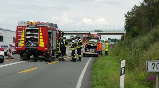 Nr.22>PKW Brand im Autobahndreieck Bunde