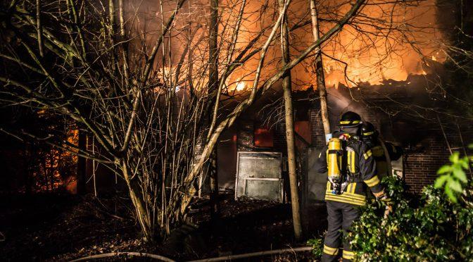 Nr.42>Feuer zerstört Wohngebäude